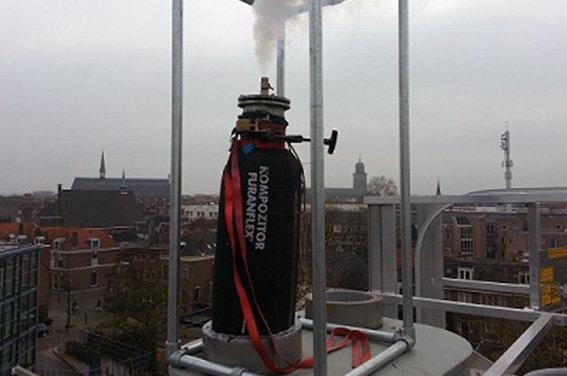 Installazione di guaina termoindurente in canna fumaria