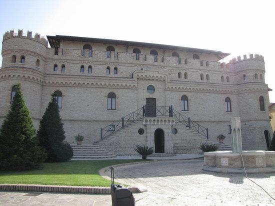 Il castello di Septe di Mozzagrogna