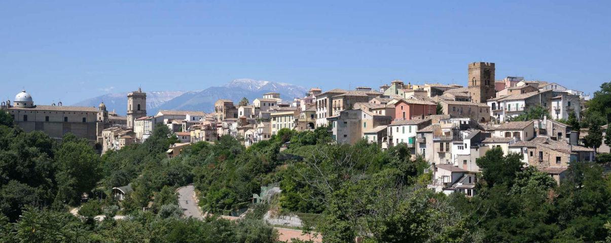 Il panorama del borgo di Orsogna