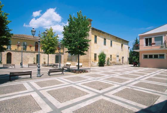 La piazza di Sant'Eusanio del Sangro