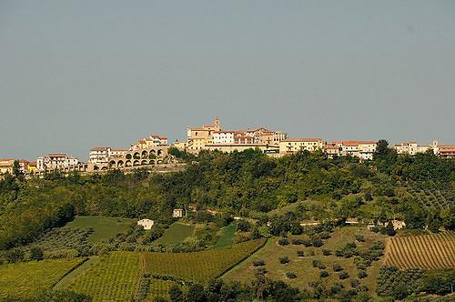 Il panorama del borgo di Villamagna