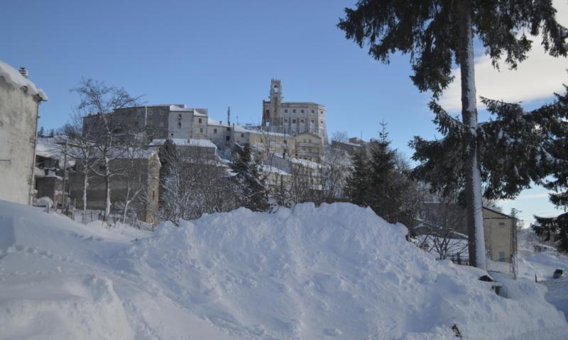 Il panorama con la neve di Gamberale