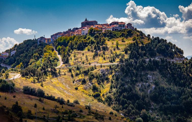 Il panorama di Schiavi di Abruzzo