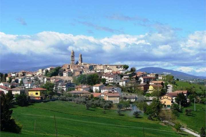 Il panorama del borgo di Orciano