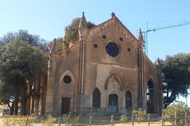 La tenuta farnesiana, la chiesa gotica di Allumiere