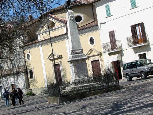 Uno scorcio del borgo di Borbona