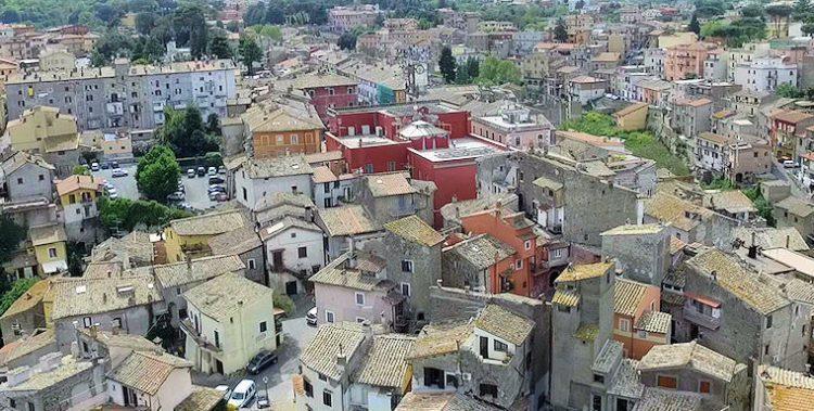 I tetti del borgo di Campagnano di Roma