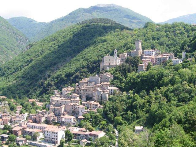 Il panorama del borgo di Cantalice