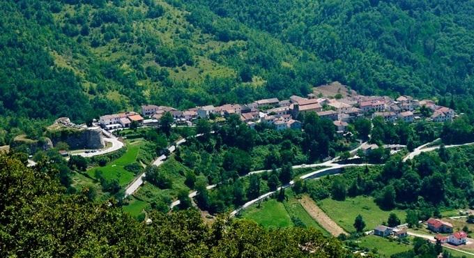 Un'immagine aerea di Cittareale
