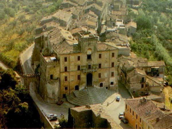 Una foto aerea di Filacciano