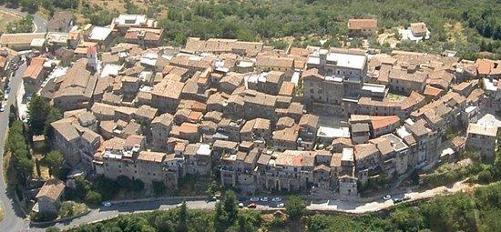 Il panorama con i tetti di Gavignano