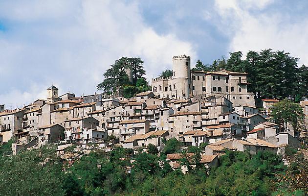 Il panorama del borgo di Orvino