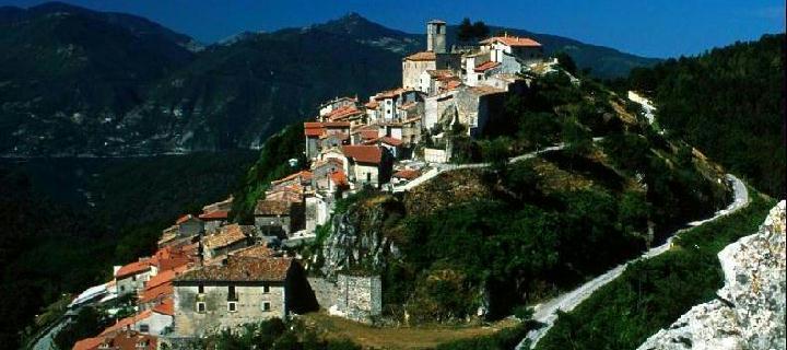 Il panorama del borgo di Petrella Salto