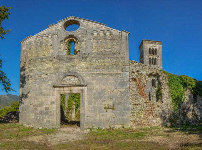 La chiesa di Santa Maria del Piano di Pozzaglia Sabina