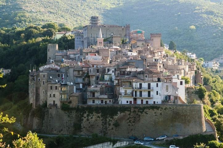 Il panorama del borgo di San Gregorio da Sassola