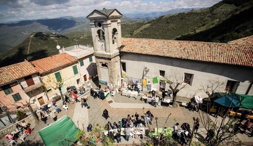 Uno scorcio del borgo di Saracinesco