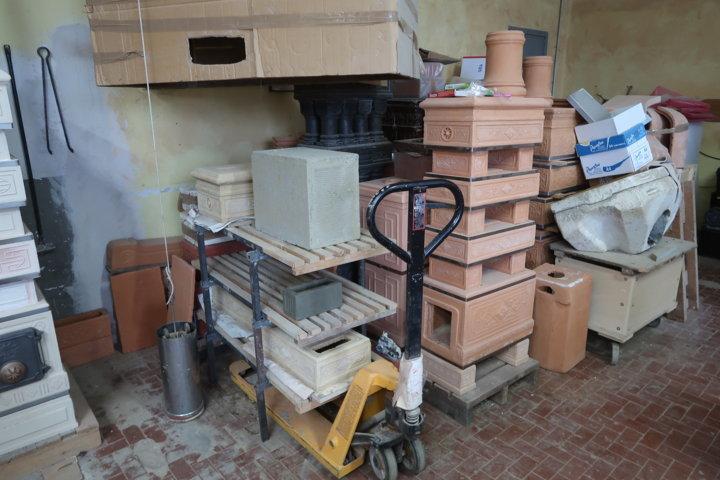 Il reparto essiccazione della Felici Helios Terrecotte