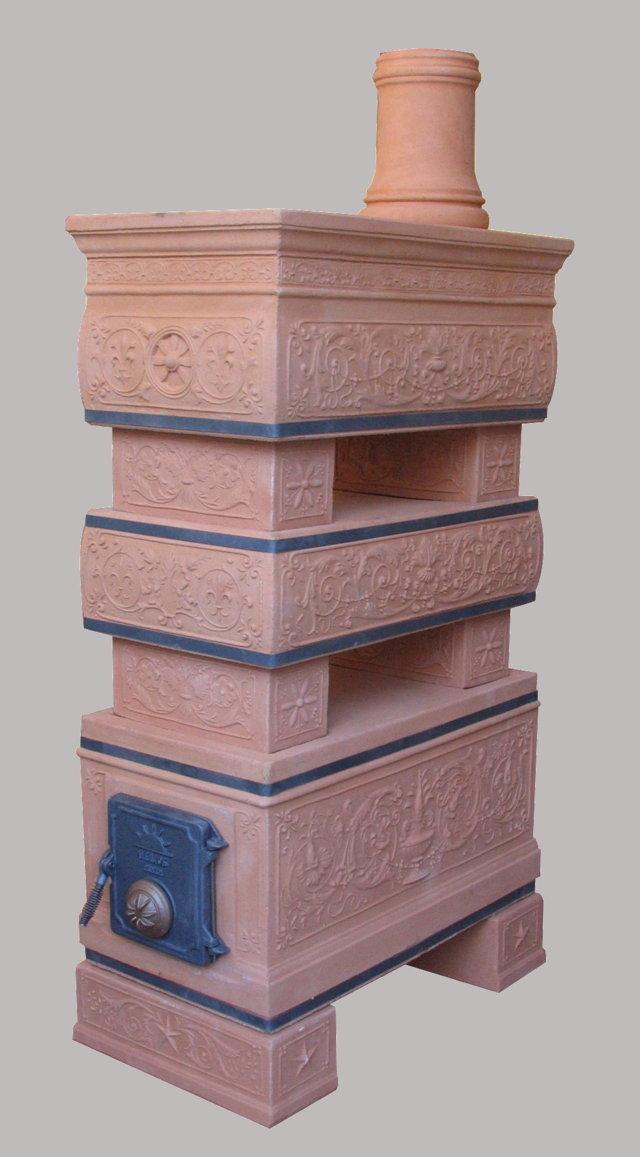 Il restauro di una stufa ad opera di Felici Helios