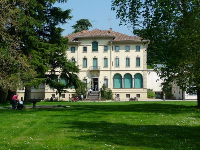Il palazzo fondazione Magnani di Traversetolo