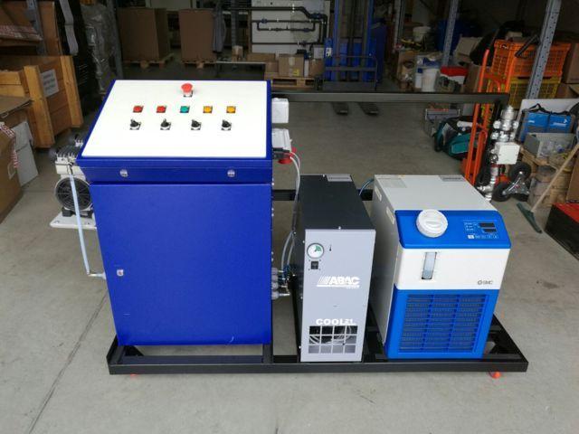 Una macchina professionale per la produzione di gas ozono